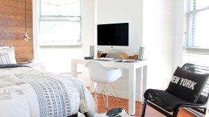 Darbas namuose - kaip susikurti darbinę aplinką ir išlikti produktyviam