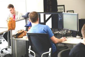 Darbo aplinka, kurioje gera dirbti. Kokia ji turėtų būti?