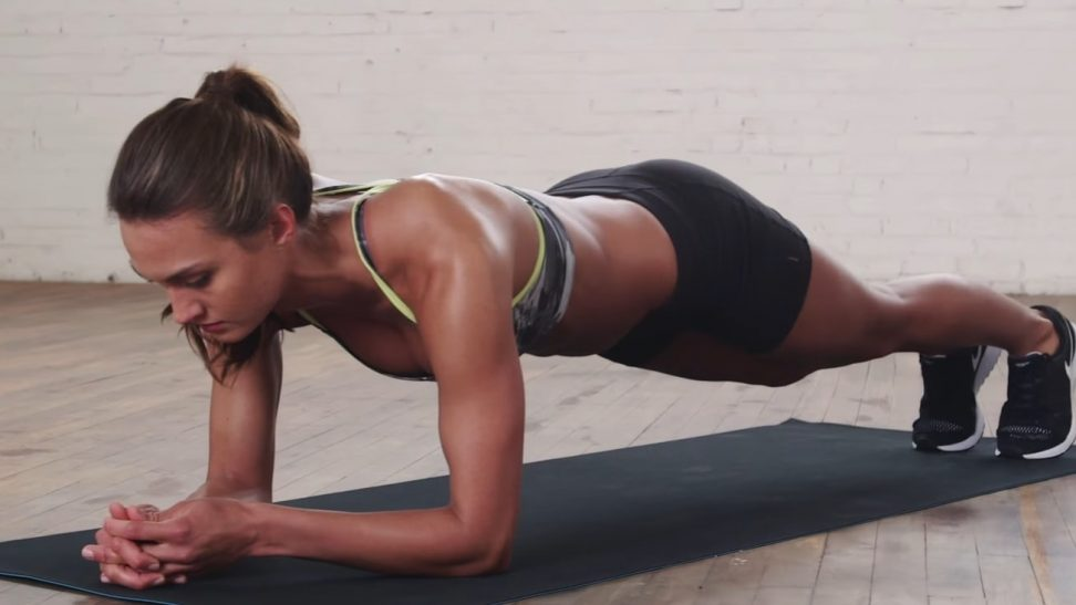 Pratimas plank (lenta) atlikimo technikos ir nauda jūsų kūnui